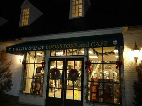 night bookstore at the edge of colonial williamsburg