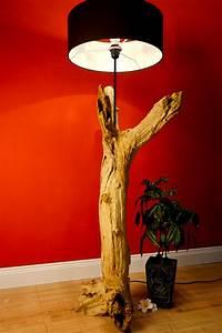 Stehlampe Aus Treibholz : treibholz stehlampe lanna holz lampe leuchte ~ Markanthonyermac.com Haus und Dekorationen
