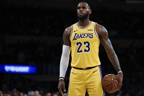 lebron james wears nike lebron  king sneakers