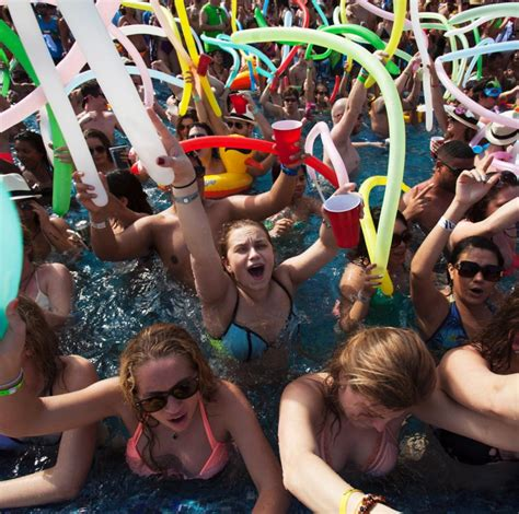 Spring Breakers On The Beach In Fort Lauderdale  Photos  Spring Break 2015  Ny Daily News