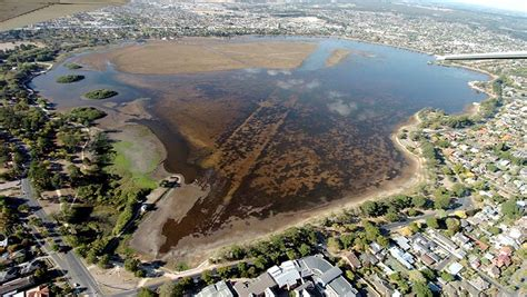 Banister Lake by Lake Wendouree Photos Drought To Now The Courier