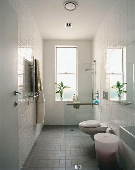 narrow bathroom ideas uk cuartos de ba 241 o con ducha y planta rectangular