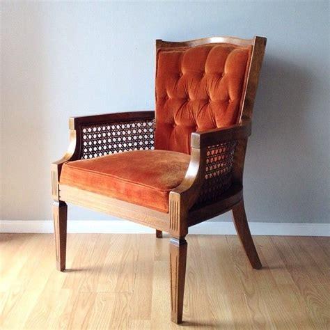 Best Burnt Orange Couch Inspiration