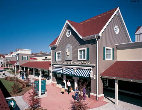 clinton crossing premium outlets outlet mall