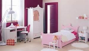 Lit Princesse Fille : un lit de princesse pour la chambre de petite fille ~ Teatrodelosmanantiales.com Idées de Décoration