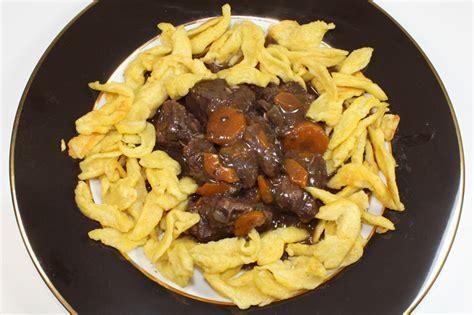 cuisiner des spaetzle spätzle pâtes alsaciennes recette de spätzle pâtes