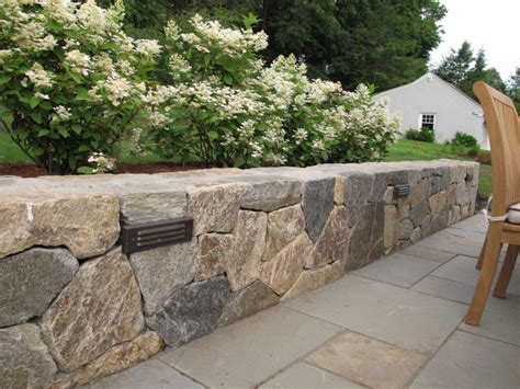 Interesting Useful Ideas For Lighting A Landscape Wall