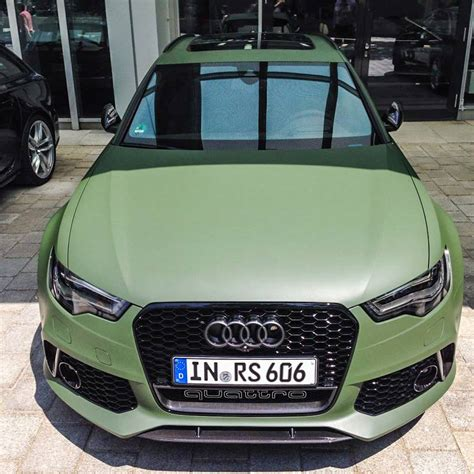 audi rs avant  interesting  matte green paint