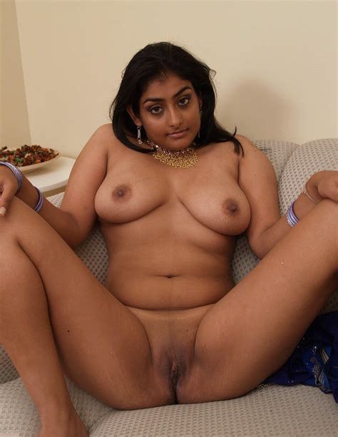 Indian Sex Lounge Actress Anushka Nude Pices