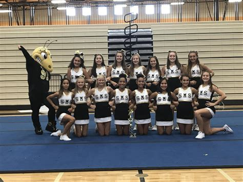 home cheerleading smith middle school