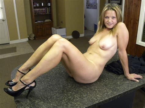 Oixtt1343132375  In Gallery Hot American Milf Gilf