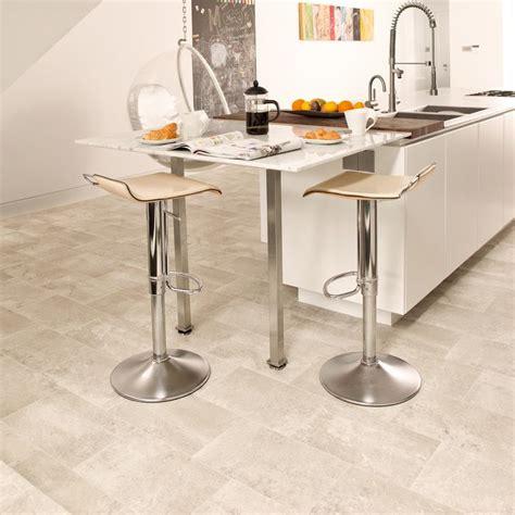 linoleum floors for kitchen 17 best ideas about vinyl flooring bathroom on 7126