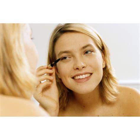 eye makeup  pretty   eyeliner  mascara synonym