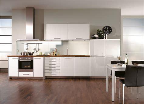 Weiße Küchenzeile Für Die Kleine Küche