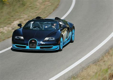 Curb weight is 4,162 lb. BUGATTI Veyron Grand Sport Vitesse specs - 2012, 2013, 2014, 2015 - autoevolution