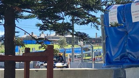 Supercars Fans Hurt By Flying Tyre Debris At Newcastle 500