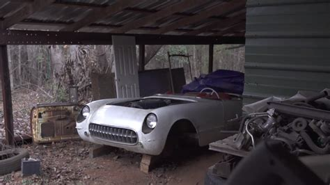 matching numbers  chevy  corvette   barn find