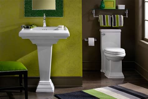 pedestal sink  matching toilet bathroom fixtures