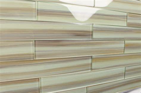 Kitchen Glass Tile Backsplash Ideas - sublime bodesi