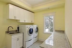 Confira 15 dicas práticas para organizar a lavanderia