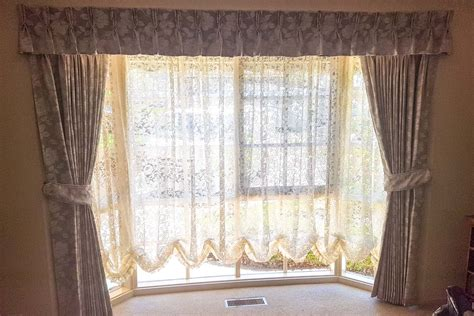 Pinch Pleated Lined Curtains With Pinch Pleated Valance