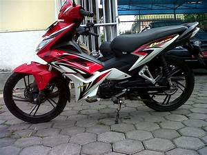 Review Honda New Blade
