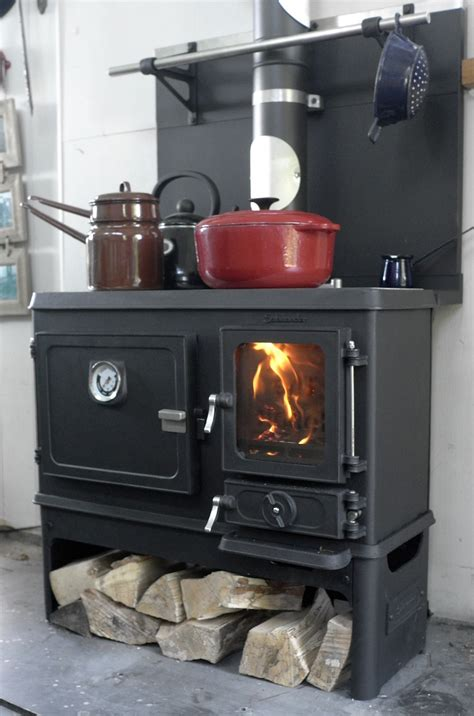 wood cook tiny wood cookstove