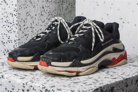 balenciagas triple  logo     key reference  skechers unknownmale