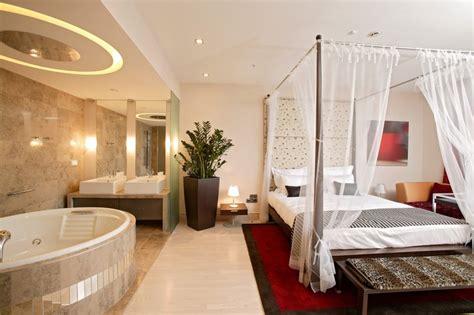 Master Bedroom Design Ideas - open bathroom concept for master bedroom