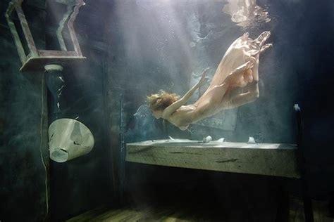 stunning fine art underwater photography  scott rhea