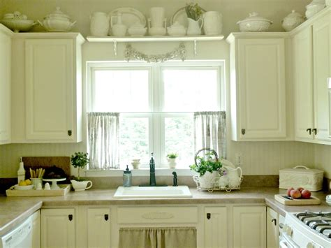 Small Kitchen Window Curtains Ideas