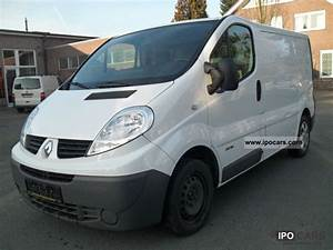 2010 Renault Trafic 2 0 Dci 115 L1h1    Service Book