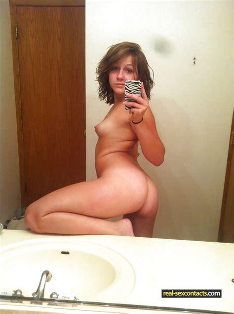 Sexy Chav Teen Girls Naked Photo