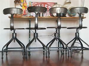 Chaise Haute Metal : chaise et tabouret au style industriel ~ Teatrodelosmanantiales.com Idées de Décoration
