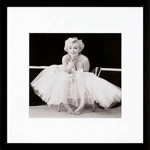 Marilyn Monroe Bilder Schwarz Weiß : g c gerahmte fotografie marilyn monroe motiv 1 40 40 cm online kaufen otto ~ Bigdaddyawards.com Haus und Dekorationen