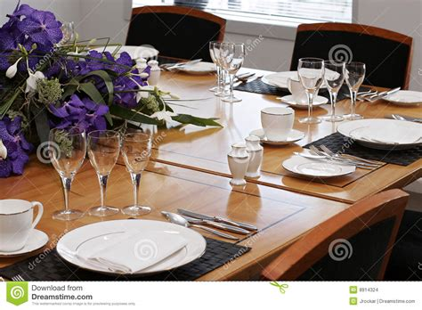 dinner table setup images round formal dining table sets decobizz com