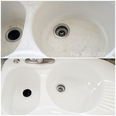 how to clean white porcelain sink 20 bathroom cleaning hacks you need to adapt for a