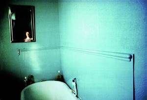 The jewish museum collection self portrait in blue for Bathroom portraits