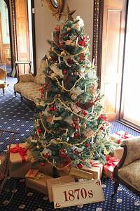 Thank, Victorians, For, Modern, Holiday, Decorations