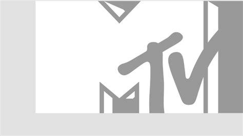 one 30 white gold script shape sia interviews mtv