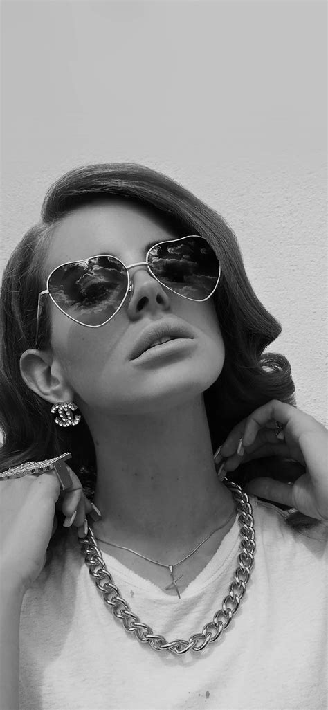 hd10-lana-del-rey-music-dark-singer-celebrity - Papers.co