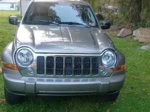 Buy Used 2005 Jeep Liberty Limited 2 8 Crd 4 Cylinder