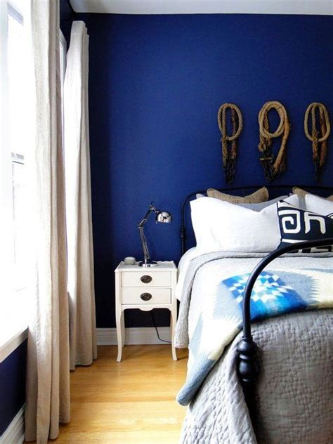 Bold In The Bedroom 8 Perfect Paint Colors For A Moody