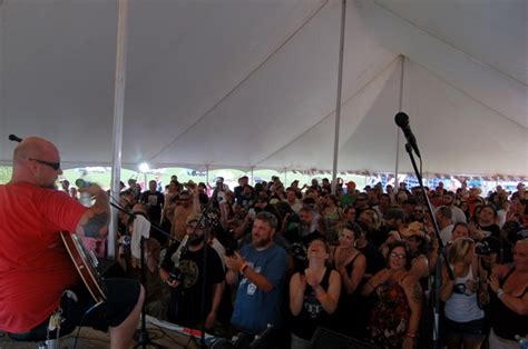 2012 Muddy Roots Festival Live Blog
