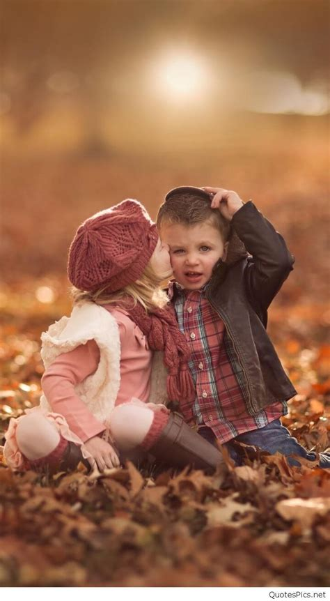 cute baby girl wallpapers images pictures  mobile