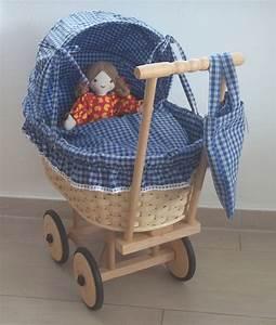Puppenwagen Aus Korb : korb puppenwagen blau gro holzspielzeug ~ Frokenaadalensverden.com Haus und Dekorationen