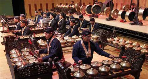 complete set  gamelan orchestra instruments facts