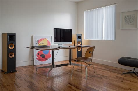 minimalist desk examples  imac nesting computer
