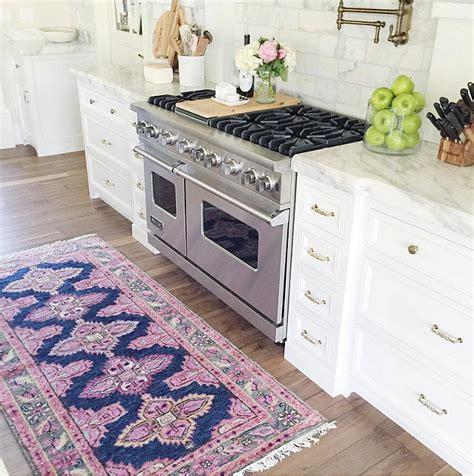 kitchen carpet runner interior design ideas home bunch interior design ideas