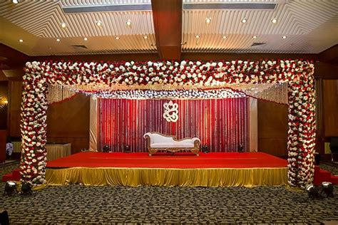 Wedding Stage Backdrop Decoration